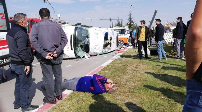 Karaman'da ambulans takla attı!