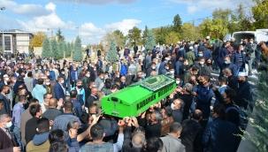 Kazada ölen öğretmenin cenazesi defnedildi